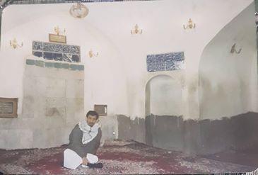 الشهيد في حجرة الإمام علي عليه السلام